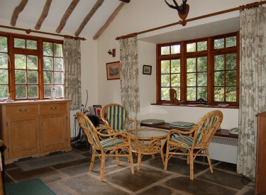River room holiday cottage devon